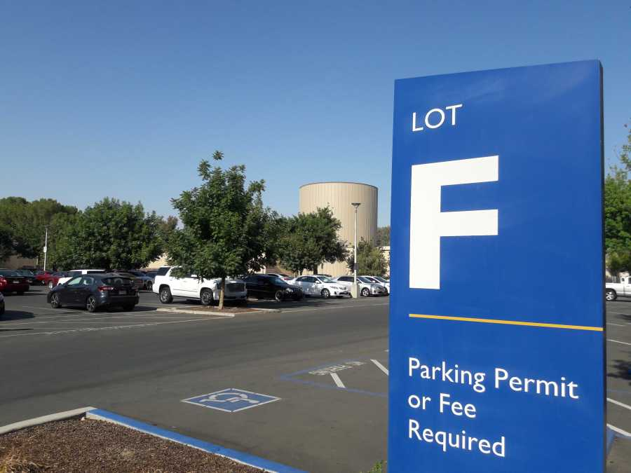 Parking Lot F at California State University, Bakersfield.  Photo by Esteban Ramirez/The Runner