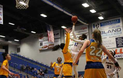 Late bucket sinks CSUB at home