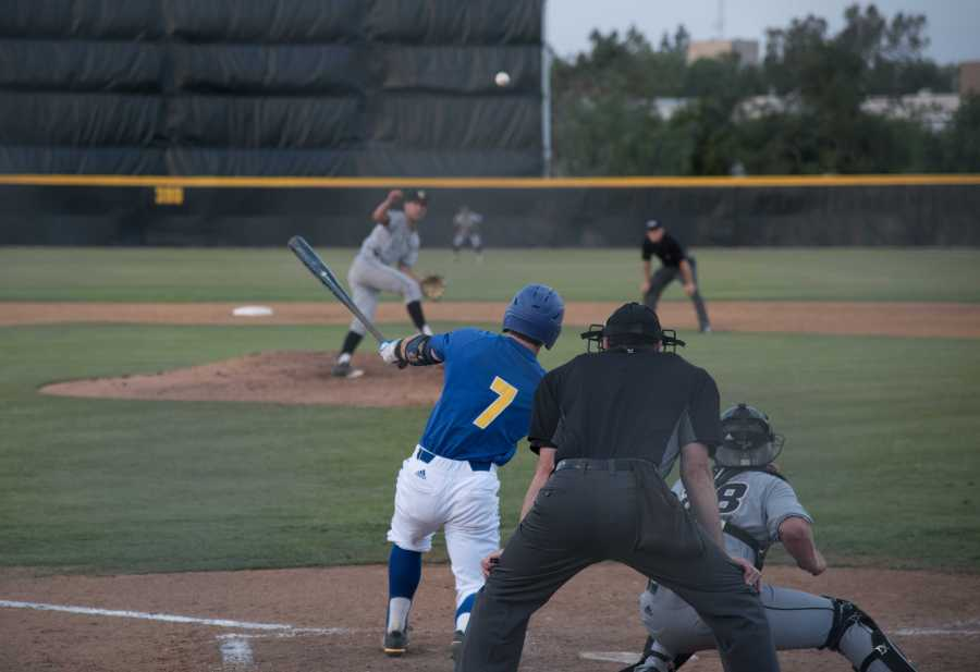 CSUB senior Andrew Penner takes a swing at a ball at Hardt Field against Cal Poly on  Tuesday, April 10.