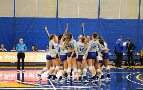 CSUB's volleyball team gather in a group circle before the game at the Icardo Center on Oct. 17.