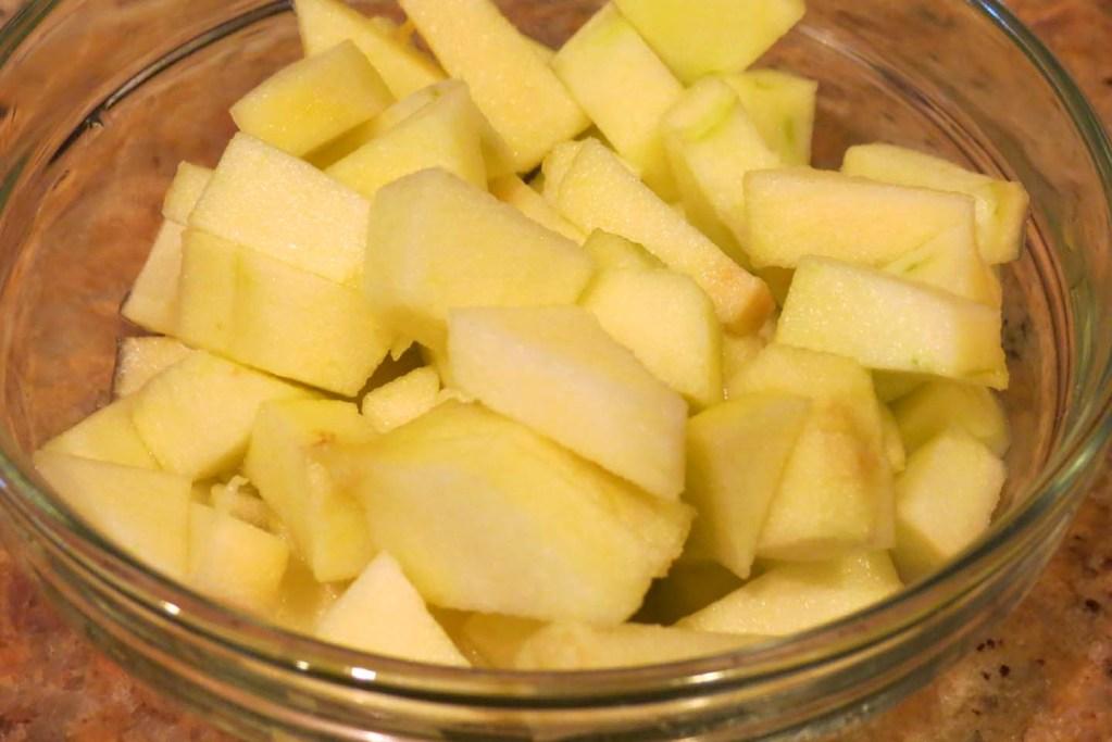 sliced-apples