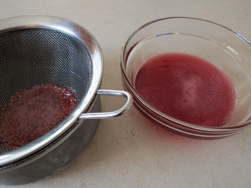 making raspberry syrup