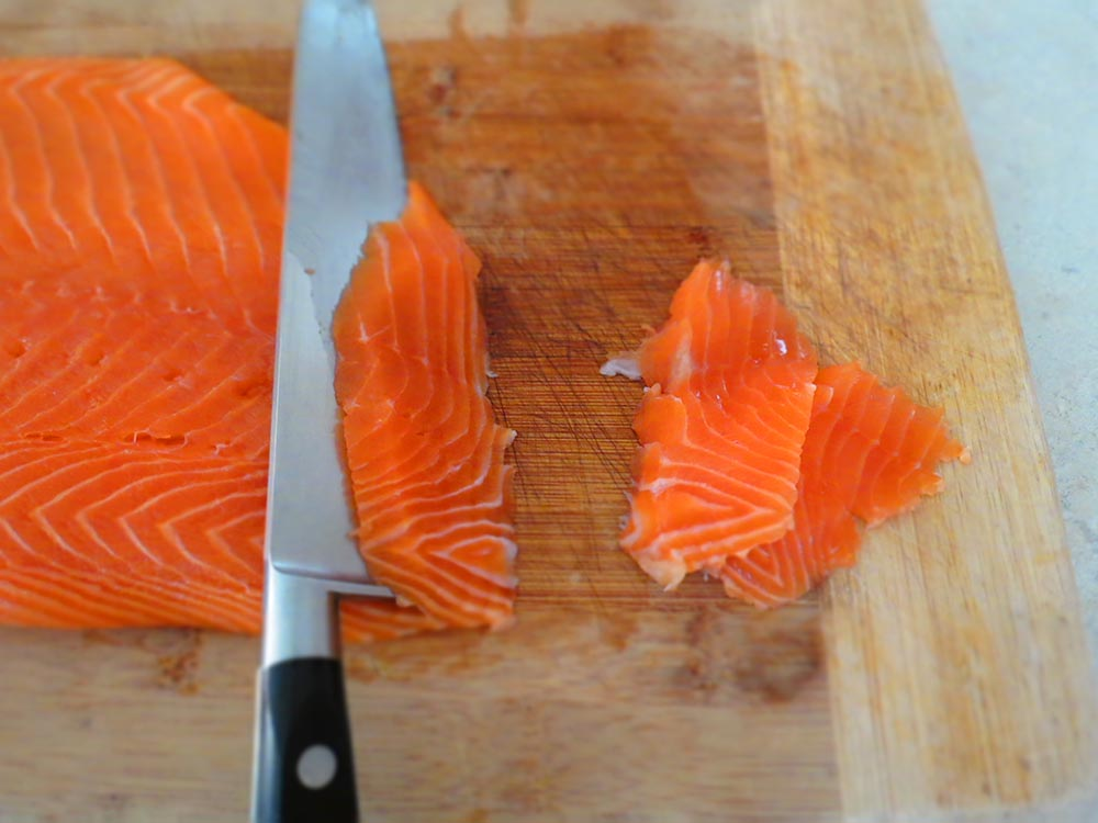 slicing-salmon