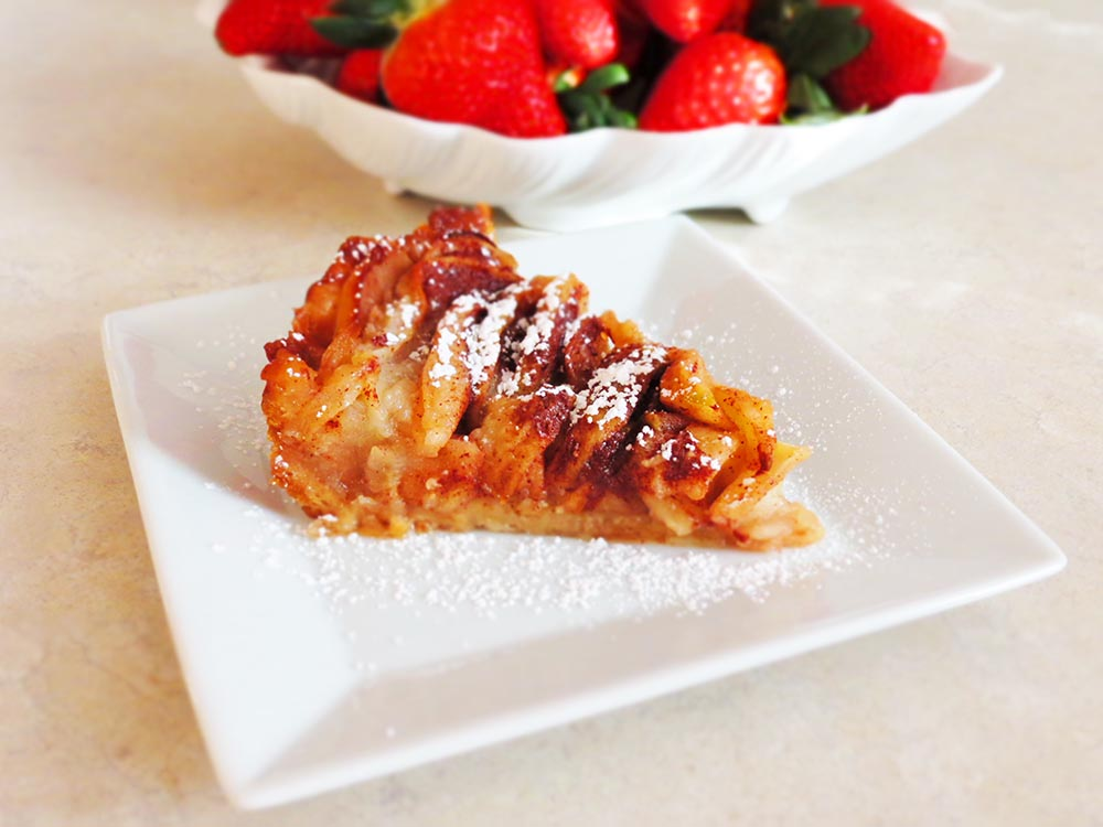 slice-of-pie-with-strawberries