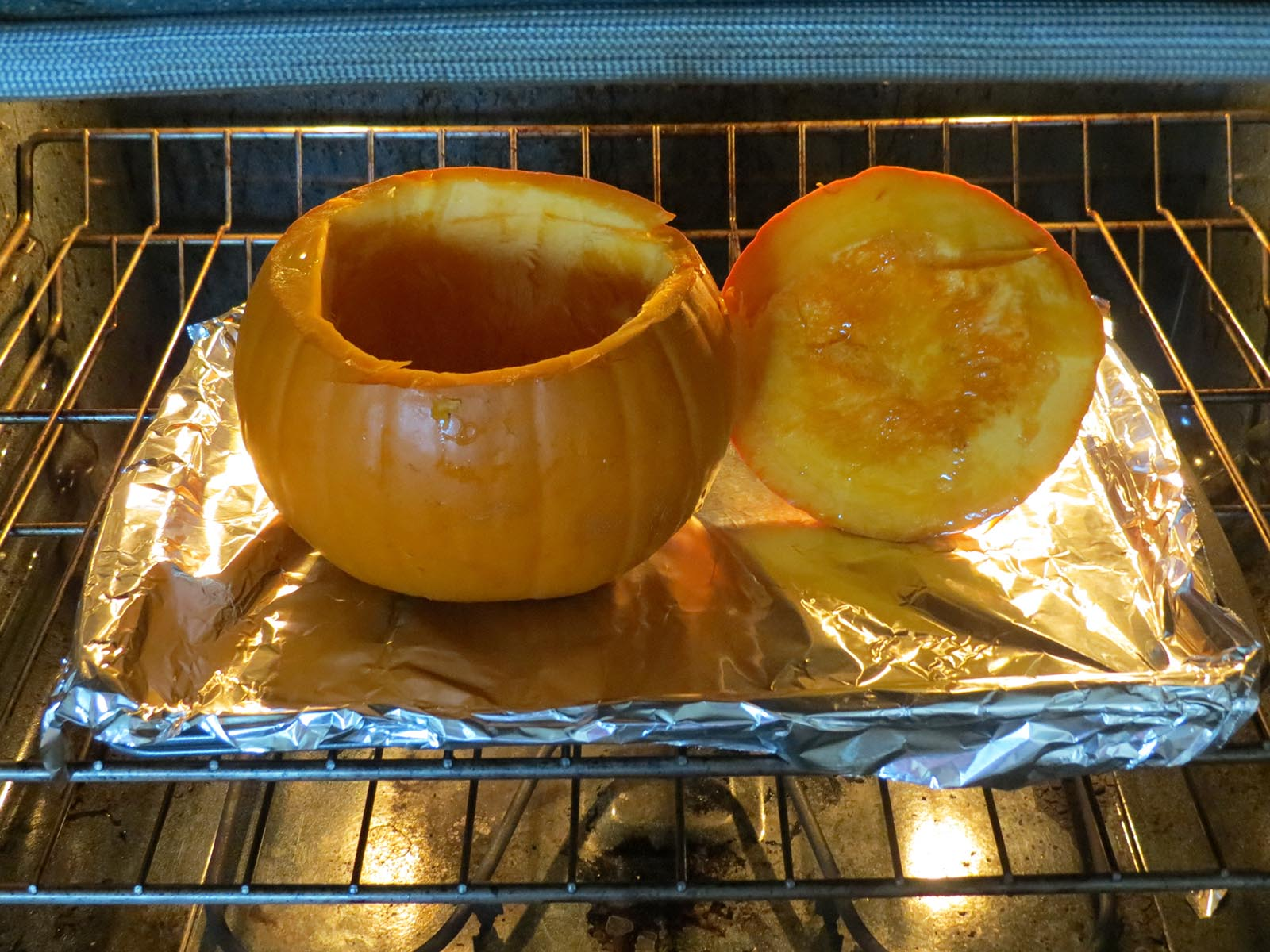 cooking-pumpkin-in-the-oven