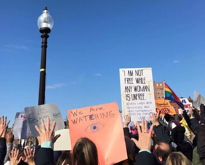 Marchers+at+the+Women%27s+March+held+in+Boston+on+Jan.+21+2017+held+signs+in+expression+of+their+opinions+surrounding+recent+political+developments.