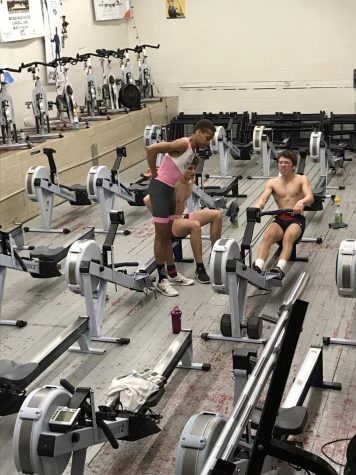 Crew team works to develop skills during offseason