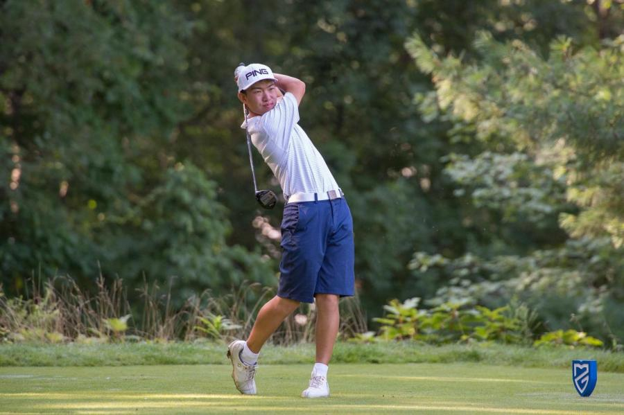 Senior+James+Imai+golfs+daily+to+improve+his+game.+According+to+Imai%2C+practice+is+essential+to+make+progress+and+achieve+his+goals.+Imai+committed+to+Northwestern+University+for+golf.+
