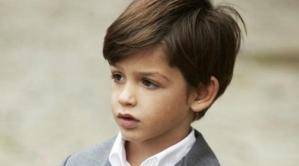 Frisuren für kleine Jungs - Seitenscheitel