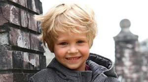 Frisuren für kleine Jungs - Locken