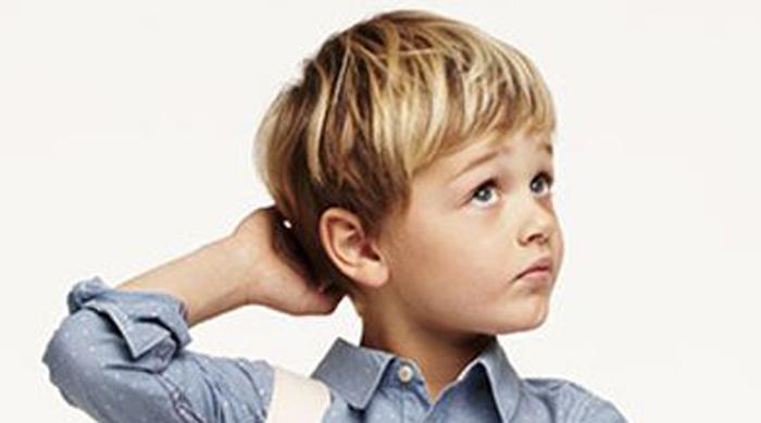 Frisuren kleine jungs halblang