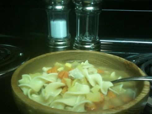 easy chicken noodle, Hearty chicken noodle soup, chicken, noodle, soup, local, forkfull