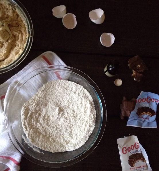 Goo Goo Cluster Chocolate Chip Cookies, Chocolate Chip Cookies,  Cookies, Chocolate Recipes, Nashville Food Bloggers, Bloggers, Cookies
