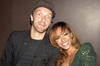 LONDON - SEPTEMBER 27: (EMBARGOED FOR PUBLICATION IN UK TABLOID NEWSPAPERS UNTIL 48 HOURS AFTER CREATE DATE AND TIME) Chris Martin of Coldplay with singer Beyonce Knowles attend the after party following the concert by Jay-Z at The Royal Albert Hall, at Movida on September 27, 2006 in London, England. (Photo by Dave M. Benett/Getty Images)