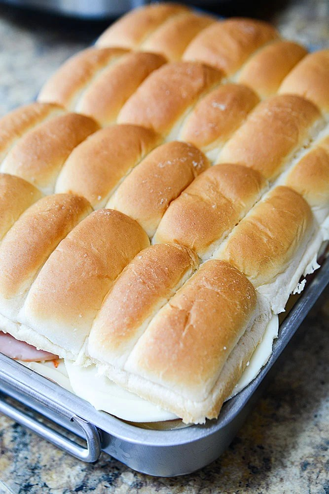 Super easy Italian sliders are perfect for party food and feeding a crowd. Even if you'd like to try other flavors, these easy sliders are the prefect recipe for substitute your favorite flavors!