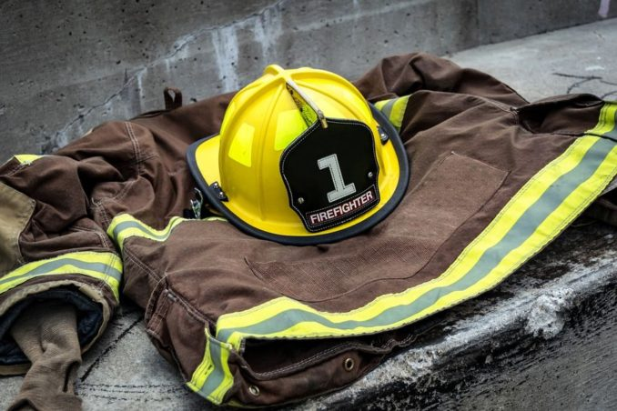 3 Reasons Why Cops Hate Firemen