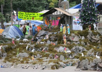 nativity scene protest encampment