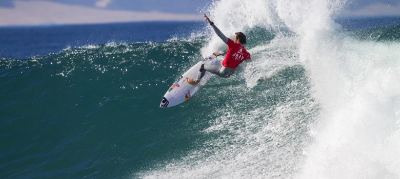 Jordy Smith winning his Round 1 heat scoring a Perfect 10 JBay Winterfest. Smith will trying again at this years JBay Winterfest 2018