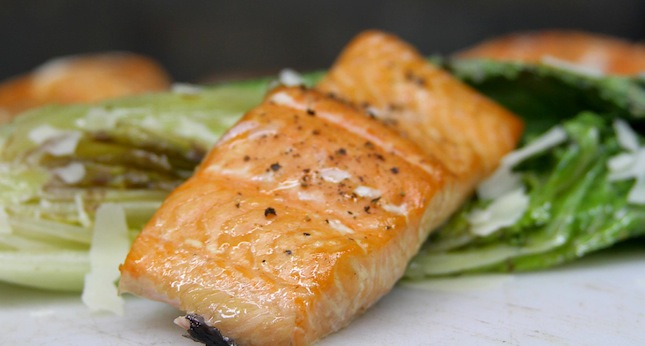 Salmon and Simple Grilled Salad