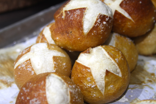 pretzel-bun-recipe-3