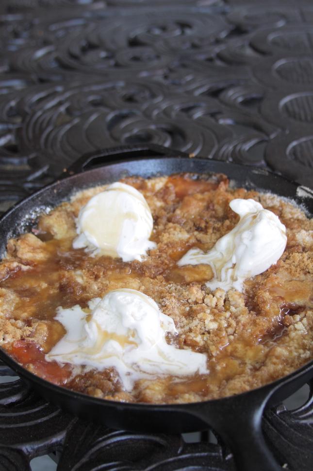 peach-hazelnut-dump-cobbler-recipes-8