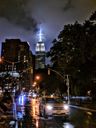 5 Weeks of Summer in New York City – A Love Story. Read the full post at The Savorist (www.thesavorist.com). Empire State Building on a rainy night, photographed by The Savorist #NewYorkCityLife #NYC #Manhattan #Travel