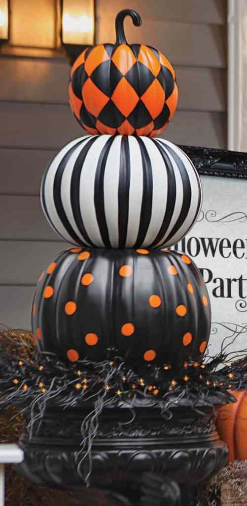 halloween stacked pattern pumpkins