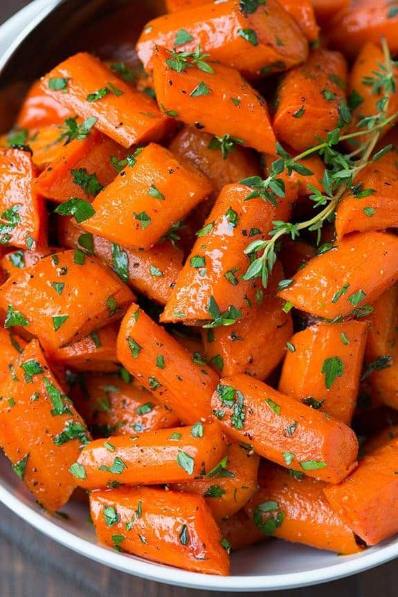 15 Amazing Thanksgiving or Holiday Sides to make this season. A collection of recipes that will be delicious additions to your holiday table! Easy healthy Thanksgiving sides your family will be asking for every year. Thanksgiving Sides | Thanksgiving Recipes | Healthy Side Dishes | Vegan Thanksgiving | Vegan Side Dishes | Make Ahead Recipes | Unique Thanksgiving Dishes | Easy Thanksgiving Dinner |