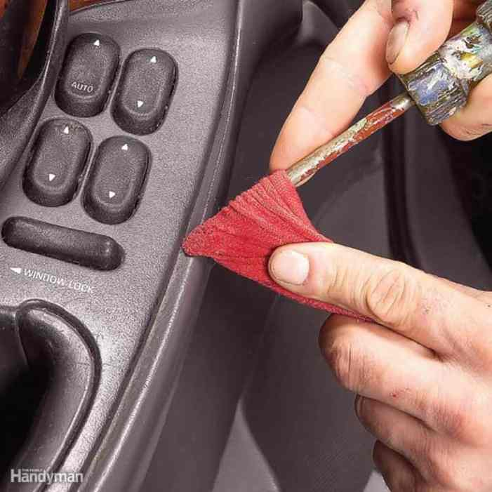 These 15 genius car cleaning hacks are THE BEST! I'm so happy I found these AMAZING tips! Now, whenever I need to deep clean my car I can reference this incredible article. Definitely pinning! #carcleaning #lifehack #Likenew