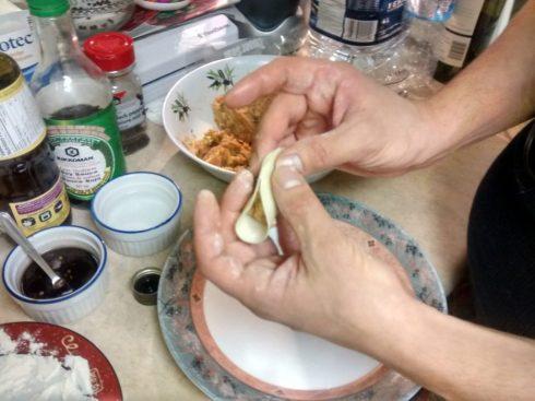 dumpling folding technique