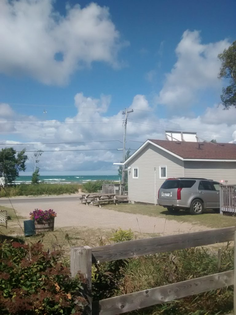 Beachside Cottages view