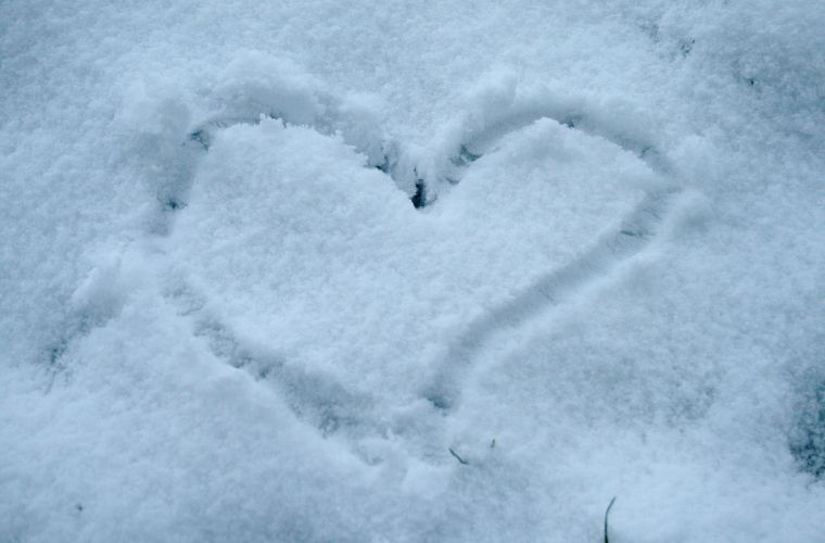 6 Awesome Ways To Occupy Yourself On A Snow Day!