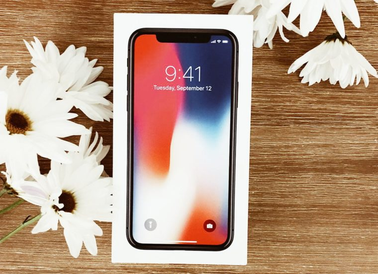 Win Iphone X when you enter Blogging Giveaway
