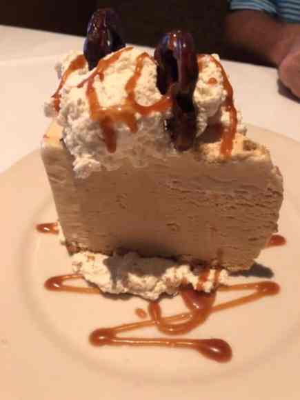 "GW Fins' Salty Malty Ice Cream Pie - A Local ""Guide"" Food Review"