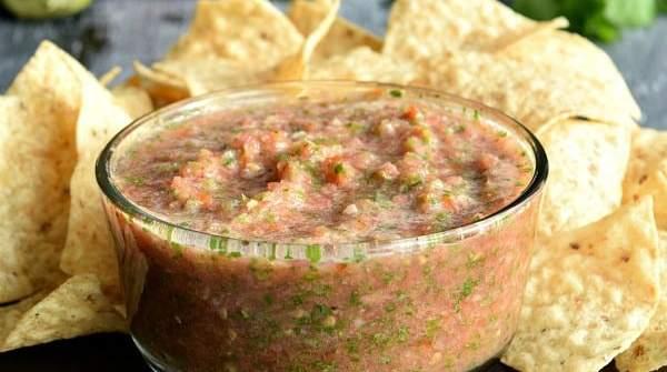 Fresh Restaurant Style Salsa