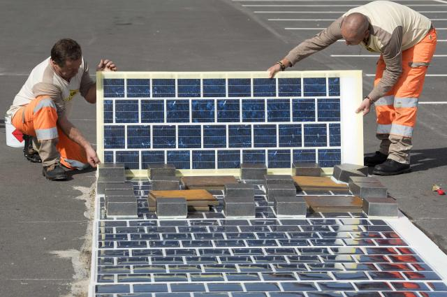 France to Pave 1,000 Km of Solar Road, Providing 5 Million With Power