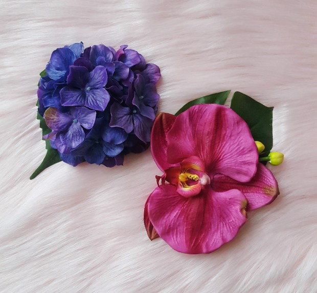 Two colorful hair flowers