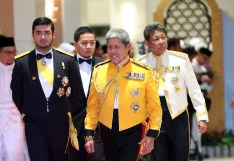 HRH Prince Mohamed Bolkiah (C), HRH Prince Haji Jefri Bolkiah (R) and Tunku Idris of Johor (L). Photo: Infofoto