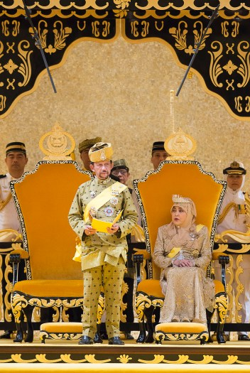 His Majesty delivers his titah in the throne room of Istana Nurul Iman. Photo: Infofoto