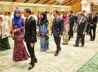 Members of Brunei's royal family arrive at a state banquet at Istana Nurul Iman in honour of Singapore President Halimah Yacob on May 12, 2018. Photo: Infofoto