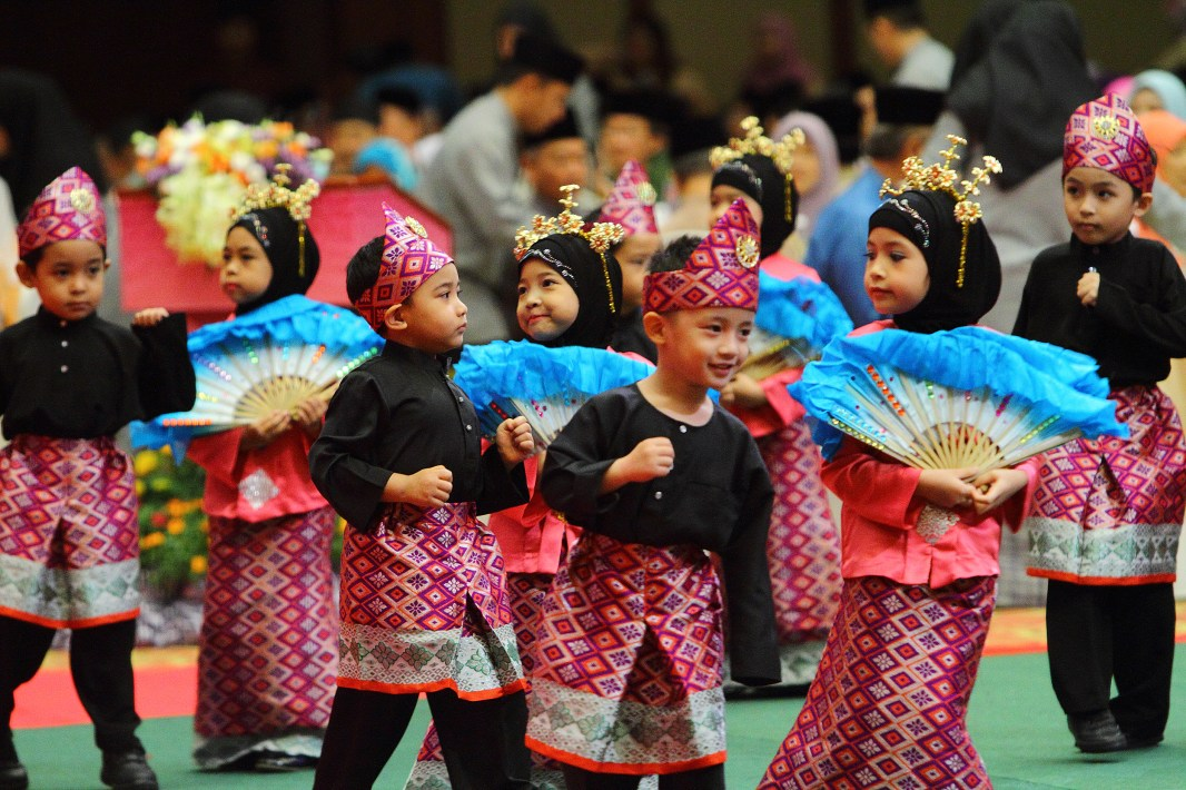 The Hari Raya celebration showcased performances by Yayasan Sultan Haji Hassanal Bolkiah students. Photo: Saifulizam Zamhor