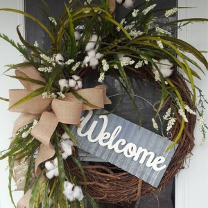 farmhouse welcome wreath