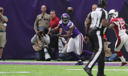 Xavier Rhodes Signs One-Year Deal with Colts