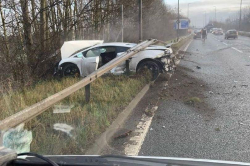 BREAKING: Sergio Romero involved in a car crash near to Carrington