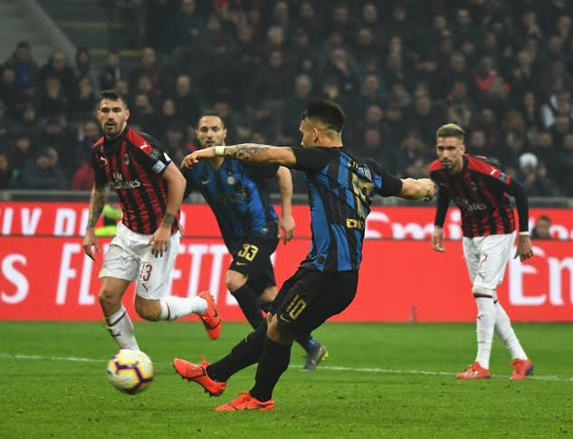Inter beats AC Milan 4-2 in the Italian Serie A Game on Sunday