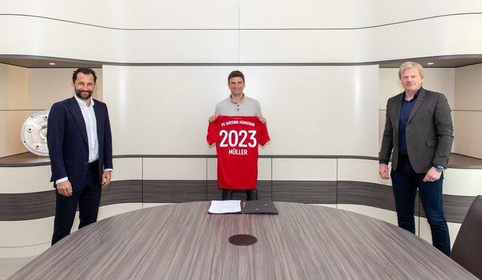 Bayern Munich Stars, Thomas Müller Sign New Contract With Club Till 2023