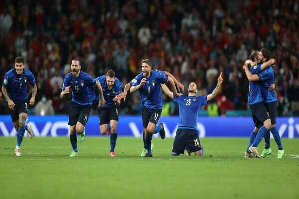 Italy win Spain 4-2 on penalties, Jorginho last penalty kick sends Italy to Euro 2020 final