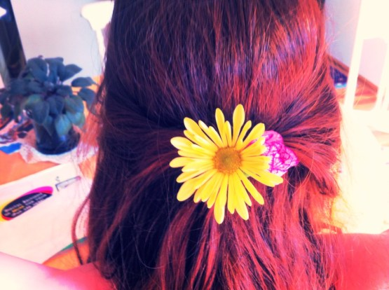 Summer Flower Hair. Photo by thescribblingpixie.wordpress.com