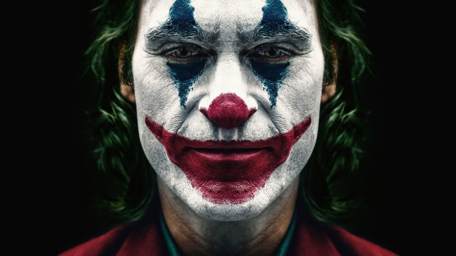 joker-2019-joaquin-phoenix . Joker's controversy: Michael Moore have something to say.
