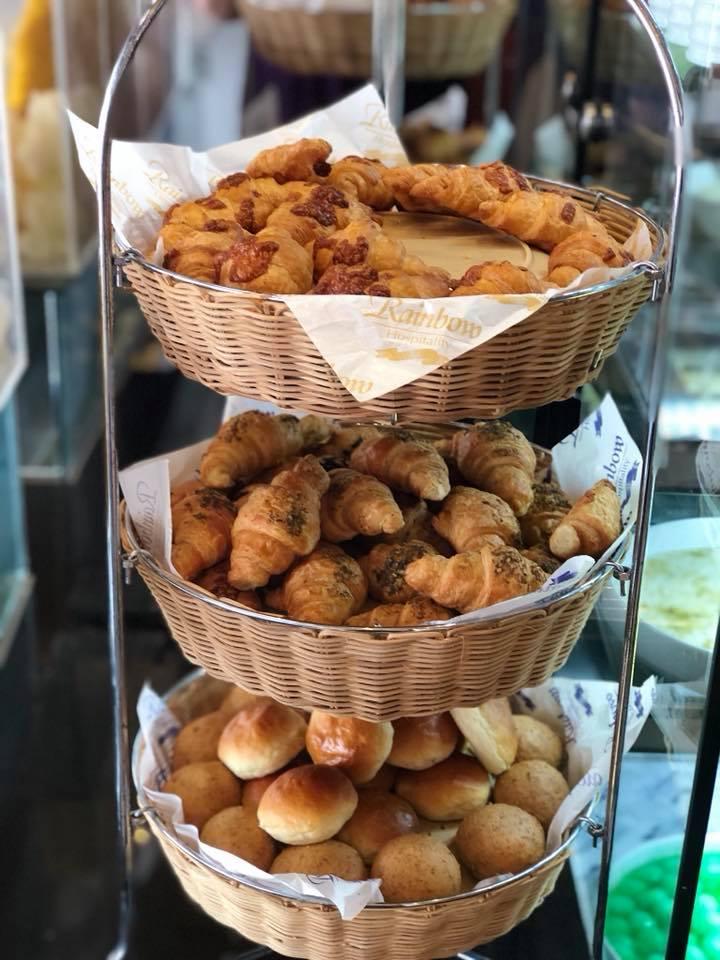 Dwarka_Croissants